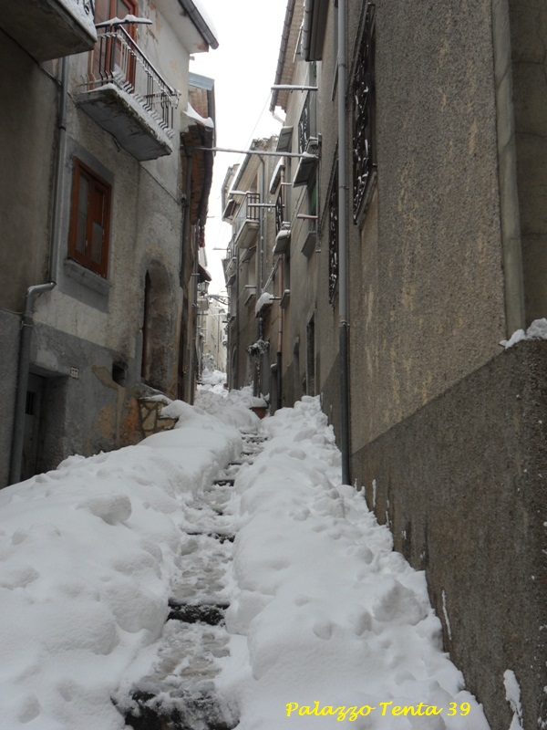 Bagnoli-Irpino-Nevicata-Febbr2012-GTammaro-5