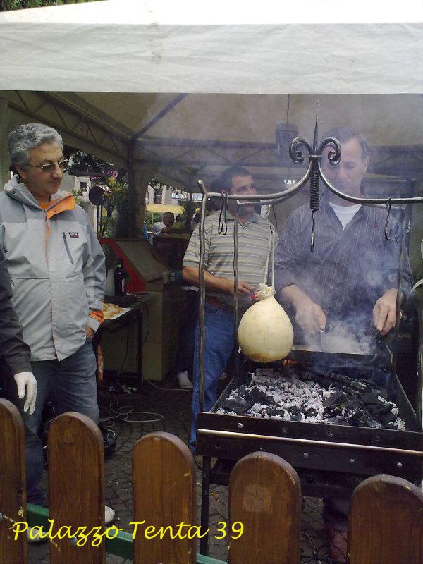Sagra pecorino e scorzone 2010 10