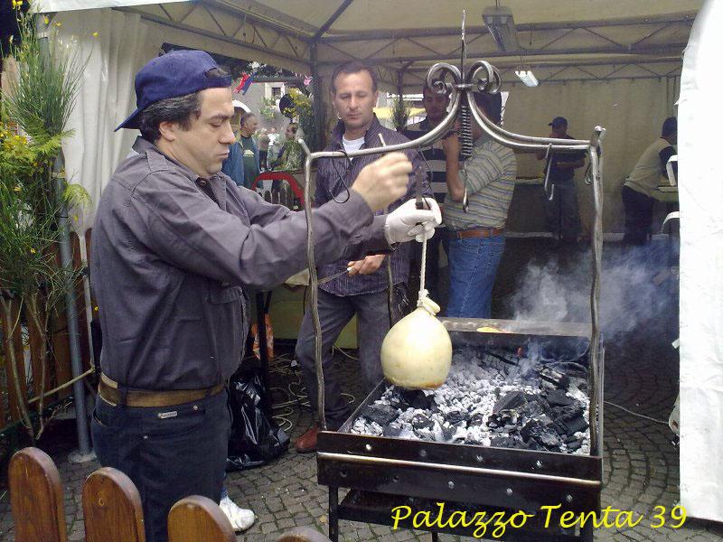 Sagra pecorino e scorzone 2010 11
