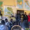 Profughi, studenti in visita al centro di accoglienza