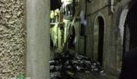 Bagnoli, incendio nel centro storico: paura per i vicini