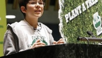 Il bambino degli alberi nel mondo verde di Felix