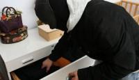 Bagnoli sotto scacco: furti a ripetizione
