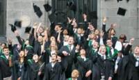 Lavoro, la laurea non basta : 200 mila disoccupati tra i giovani «dottori» del 2012