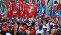 Per difendere i nostri diritti, licenziamo il sindacato