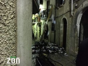 BAgnoli-IRpino-incendio-in-via-Anisio