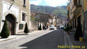 Bagnoli-Irpino-Via-Roma-aprile-2017