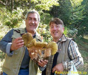 bagnoli-silvio-santoriello-e-gerardo-di-giovanni-porcino-gigante-1-700-kg-1