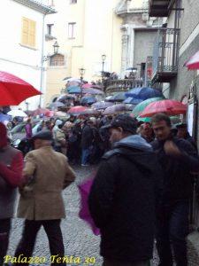 bagnoli-funerale-e-condoglianze-piazza-umberto-i-foto-di-flavio-lombardi