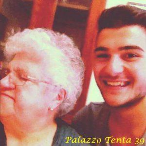 Ernesto-Di-Mauro-con-la-nonna-Maricella