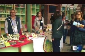 Expo-Milano-stand-prodotti-tipici-bagnolesi