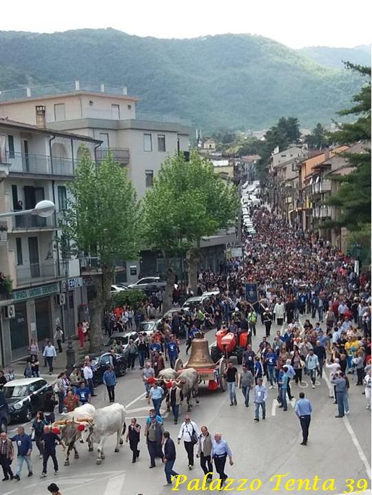 Montella-ritorno-della-monumentale-campana-del-SS-Salvatore-14.05.2017-1