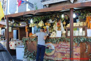 Sagra-della-Castagna-Mostra-Mercato-del-Tartufo-nero-di-Bagnoli-Irpino-e-prodotti-tipici-del-Laceno