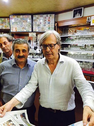 Vittorio-Sgarbi-a-Bagnoli-Irpino-agosto-2015-8