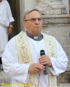 don-stefano-dell-angelo-parroco-di-bagnoli-irpino