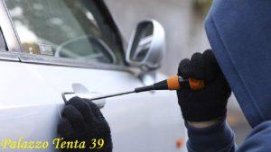 furto-autovettura-passat-bagnoli-irpino