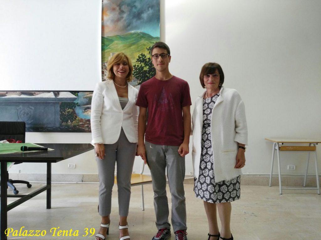 iacopo-pocrcelli-premiato-al-liceo-di-montella