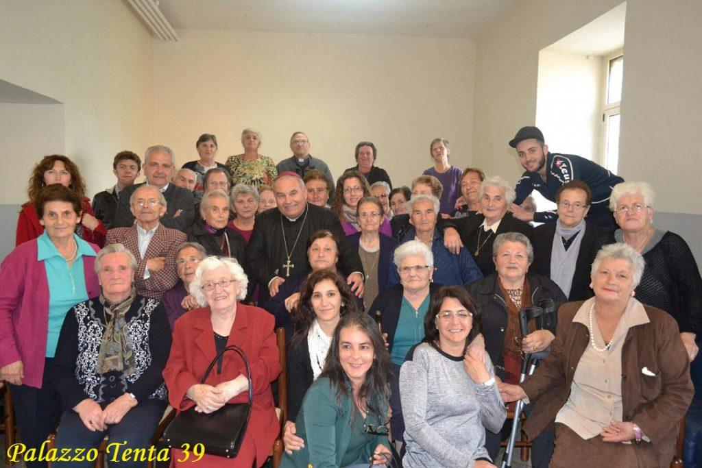 vescovo-centro-anziani-bagnoli-17-10-2016-10
